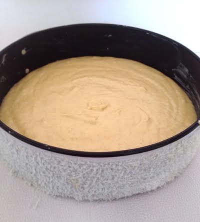 cake bakken in ronde springvorm